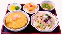 売れ筋No.1!!『ハーフ(皿うどん)&ハーフ(天津飯)』